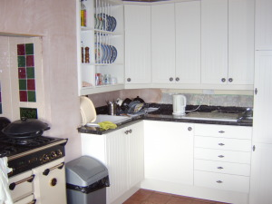Kitchen fitted and ready for decorating